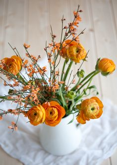 Ich liebe Ranunkeln. Schon allein wegen des Namens.  Orange Monday // Оранжев понеделник   79 Ideas