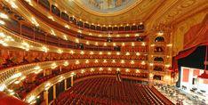 Comparable con las salas líricas más importantes del mundo, como la Scala de Milán, la Metropolitan Opera House de New York, la Ópera Estatal de Viena, la Royal Opera House (Covent Garden) de Londres y la Ópera de París, es índice inequívoco de consagración para quienes se presentan en él y lugar ineludible para los amantes de la música. El Colón ha sido desde siempre un teatro venerado por el público y por los artistas más renombrados.