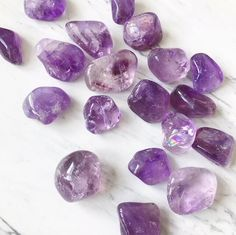 Amethyst is powerful in healing addictive patterns. It guides us towards the root of any emotional traumas encouraging us to take responsibility for our own healing. Amethyst Stone, Amethyst Crystal, Crystal Healing, Crystals And Gemstones, Loose Gemstones, Birth Gemstone, Amethyst Healing Properties, Crystal Place, Boost Creativity