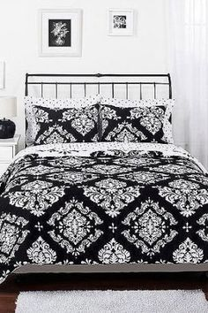 Donating Bed Linen To Charity Dorm Bedding Sets, Nursery Bedding Sets Girl, Best Bedding Sets, Luxury Bedding Sets, Linen Bedding, Bed Linens, Queen Sheets, Bed Sheets, Contemporary Bed Linen