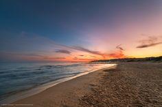 https://flic.kr/p/vuLy2q | Tramonto sulla spiaggia di Porto Palo | Uno scorcio della bellissima spiaggia di Porto Palo di Menfi, al tramonto, in una piacevole giornata d'estate.  mirkochessari.com | Twitter | 500px | Instagram