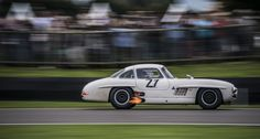 It's that time of year again – get your glad rags on and prepare to step aboard the automotive time machine that is the Goodwood Revival… Old Sports Cars, Sports Car Racing, Sport Cars, Auto Racing, Vintage Racing, Vintage Cars, Vintage Instagram, Mercedes Benz 300, Goodwood Revival