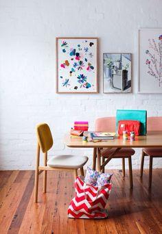 Mesa e cadeira contemporânea