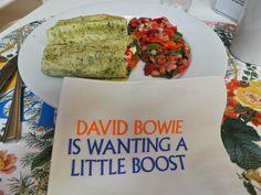 David Bowie is. David Bowie, Guacamole, Rock And Roll, Rolls, Ethnic Recipes, Food, Rock Roll, Buns, Essen