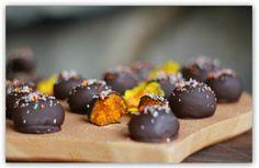Mjuuugly's påskemarsipan - gul, sukkerfri og vegansk! (En helseblogg om jakten etter en friskere...)