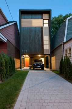 How to build a modern home on a small lot!