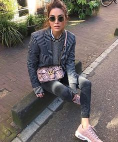 Enjoying every moment at home before LA next week. Winter Outfits, Casual Outfits, Fashion Outfits, Womens Fashion, Fashion Trends, Gianni Versace, Preppy Style, Style Me, Negin Mirsalehi