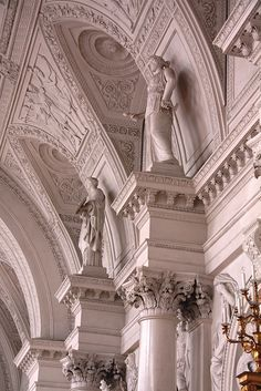Winter Palace, Russia by Yipski Architecture Baroque, Art Et Architecture, Classical Architecture, Ancient Architecture, Beautiful Architecture, Beautiful Buildings, Beautiful Places, Sustainable Architecture, Amazing Places