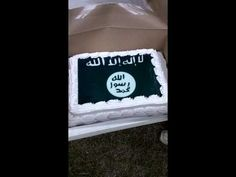 Wal-Mart refused to make a cake with the confederate flag, but allowed an ISIS flag cake
