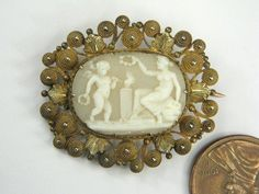 ANTIQUE GEORGIAN 15K GOLD CARVED SHELL CAMEO PIN BROOCH c1820 EROS & APHRODITE