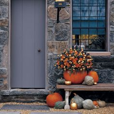 fabulous fall floral arrangement with pumpkins #fall #pumpkins