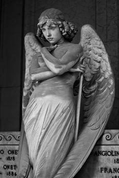 The Oneto family monument's lost angel   Italian Ways