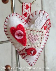 Over 15 fun and simple sewing projects to celebrate Valentine's Day and all things love. Valentine gift and home decor ideas to sew. My Funny Valentine, Valentine Day Crafts, Valentine Ideas, Holiday Crafts, Sewing Crafts, Sewing Projects, Fabric Hearts, Heart Keyring, Heart Crafts