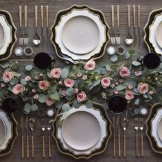 Setting the table at with our NEW Black + Gold Anna Weatherley Chargers! Paired with our White + Gold AW Dinnerware + Heath Ceramics in French Grey + Teak Flatware + Vintage Black Goblets + Antique Crystal Salt Cellars 💗 Beautiful Table Settings, Wedding Table Settings, Place Settings, Table Presentation, Heath Ceramics, Decoration Table, Event Decor, Wedding Decorations, Wedding Centerpieces