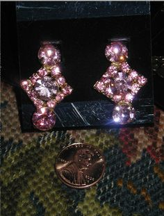 Vintage 1940-50's Crystal Pink Rhinestone Clip On Earrings Hollywood chic