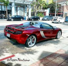 Mclaren MP4-12C Spider. Silver roof mirrors and air inlet. Is this a special edition?