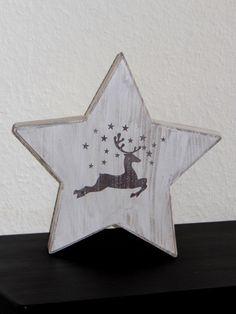 Weihnachtlicher Holzstern  im shabbystyle   von Designsouris auf DaWanda.com