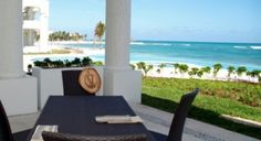 Beach condominiums for sale in Playa Paraiso, Quintana Roo, Mexico. viewofwater.com