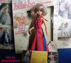 """1981-ben és 1982-ben megjelent naplójában bibi-bo. Augusztusban a bibi-bo van öltözve """"Fesztivál""""!  I 1981 og i 1982 udgivet sin dagbog bibi-bo. August Bibi-Bo er klædt """"Festival""""!  Under 1981 och 1982 släppte sin dagbok bibi-bo. Augusti bibi-bo är klädd """"Festival""""!"""