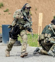 Spetsnaz SOBR Lynx operators looking badass during a shooting competition.| Спецназ СОБР Рысь во время соревнования.| Фото/photo via: Konstantin lazarev ◾◾◾◾◾◾◾◾◾◾◾◾ Join the family @globalcombat @european.warfare @military.inst @russia_19the91_motherland @indian_armed_forces @world_of_armies @french_tactical @serbian_specialforces @dutch_patriot