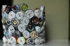 How to make this funky pencil holder out of recycled magazines | Magazines.com #DIY