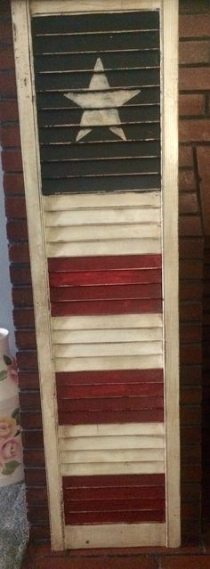 ideas about Repurposed Shutters - Crafts Diy Home Patriotic Crafts, Patriotic Decorations, July Crafts, Holiday Crafts, Americana Crafts, Patriotic Wreath, Patriotic Party, Primitive Shutters, Farmhouse Shutters