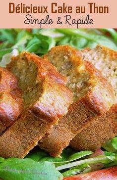 Voici une recette de cake au thon facile et rapide. Le petit plus de cette recette de cake au thon est que j'y ajoute des cives (encore appelés oignon vert, ou oignon-pays aux Antilles), qui avec leur saveur plus subtile que l'oignon, parfument délicatement ce cake. Pizza Cake, Sandwich Cake, Gordon Ramsay, Food For Thought, Entrees, Banana Bread, Cake Recipes, Brunch, Food And Drink