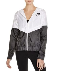 Nike Windrun Color Block Windbreaker In White/black Casual Outfits, Cute Outfits, Winter Outfits, Nike Air Max Mens, Running Tights, Nike Running, Running Shoes, Womens Windbreaker, Unisex