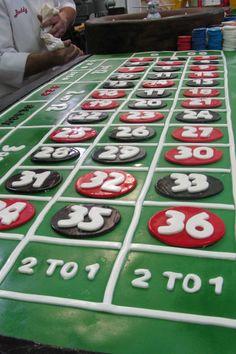 """Riesige Motivtorte: Ein essbarerer Roulette-Tisch in Lebensgröße von """"Cake Boss"""" Buddy Valastro (TLC)"""