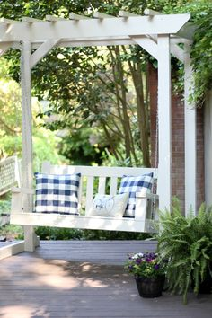 DIY Porch Swing & Pergola   The Tale of an Ugly House