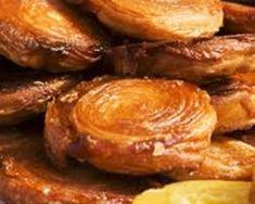 Gâteau breton Kouign Amann - Recettes : recette sur Cuisine Actuelle Pastry Recipes, Baking Recipes, Dessert Breton, A Food, Good Food, Croissant Dough, Sweet Recipes, Healthy Recipes, Healthy Food