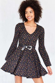 EC BUNNY WAISTED PRINTED - Urban Outfitters