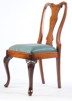 Queen Anne Dining Chair. A simple and elegant chair which was extremely popular in the early 18th Century. The cupid bow crest over a solid splat is supported by graceful cabriole legs and pad feet. Available painted or polished in any colour and upholstered in any fabric.