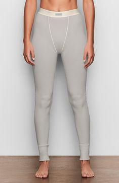 Plus Size Womens Skims Cotton Rib Thermal Leggings Size 4 X Green Kim Kardashian, Thermal Leggings, Yoga Pants Outfit, Comfortable Fashion, Plus Size Women, Lounge Wear, Casual Outfits, Skinny Jeans, Breathe