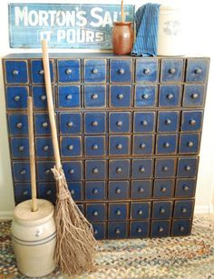 blue drawers - Primitive 64 Drawer Apothecary Cupboard - Great for a craft room. Primitive Furniture, Antique Furniture, Painted Furniture, Bohemian Furniture, Furniture Storage, Blue Drawers, Small Drawers, Diy Rangement, Apothecary Cabinet