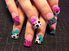 Pink And Teal Mix Nail Art #nailart #nails #cutedesigns