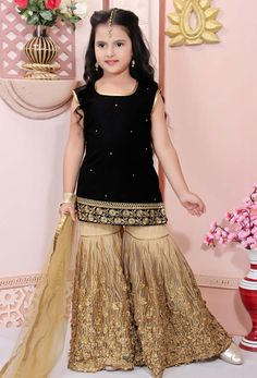 Shop black embroidered net baby dress , freeshipping all over the world , Item code Baby Girl Dress Design, Girls Frock Design, Kids Frocks Design, Baby Frocks Designs, Kids Party Wear Dresses, Party Wear Indian Dresses, Baby Girl Party Dresses, Bridal Dresses, Wedding Dresses For Kids