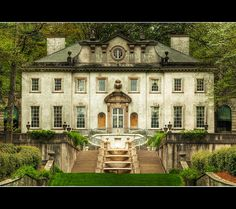 Swan House, Atlanta, Georgia, built by Philip Trammel Schutze, after whom a classical award in architecture is now bestowed each year. Beautiful Buildings, Beautiful Homes, Beautiful Places, House Beautiful, Swan House Atlanta, Future House, My House, Atlanta Homes, Atlanta Buckhead