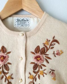 vintage 50s flower embroidered cream cardigan sweater by LeoAndOso