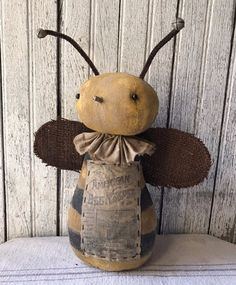Primitive Folk Art Early Vintage Style Cloth Summer Farm House Honey Bee Doll  #NaivePrimitive