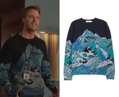 "Brian Finch (Jake McDorman) wears a H&M Knit Pattern Sweater in the color Dark Blue in Limitless Season 1 Episode 13 ""Stop Me Before I Hug Again."""