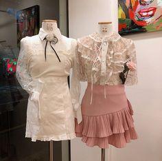 Piercing Ear Simple Elegant 63 Ideas For 2019 Kawaii Fashion, Cute Fashion, Girl Fashion, Fashion Outfits, Womens Fashion, Fashion Design, Piercings, Korea Fashion, Asian Fashion