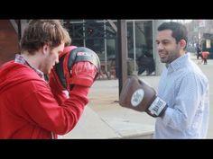 Boxer vs Street Fighter - YouTube