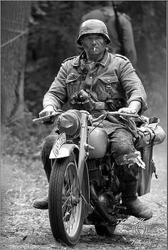 A soldier on a Puch 350 GS light motorcycle German Soldiers Ww2, German Army, Germany Ww2, Man Of War, German Uniforms, Military Pictures, War Photography, Panzer, Luftwaffe