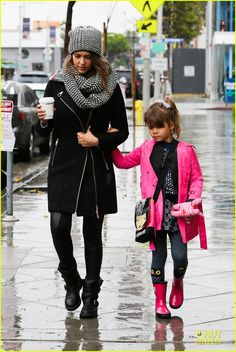 adorable mommy daughter causal style