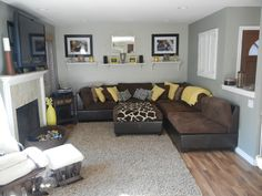 11 Mindblowing Gray And Brown Living Room - Winflo Osteria - living room grey brown Grey And Yellow Living Room, Cream Living Rooms, Brown Couch Living Room, Cozy Living Rooms, Living Room Interior, Grey Yellow, Apartment Living, Living Room Color Schemes, Living Room Colors