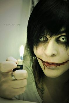 """cosplay] Jeff the Killer (creepypasta) by Sarcanide on deviantART """"yay fire! Jeff The Killer, Creepypasta Proxy, Creepy Pasta Family, The Killers, Horror Makeup, Spooky Scary, Halloween Disfraces, Scary Stories, The Villain"""