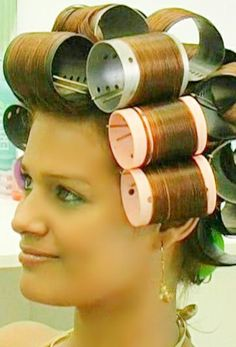Wet Set, Mary Tyler Moore, Curly Short, Roller Set, Dryers, Hair Dos, Hairdresser, Raven, Tennessee