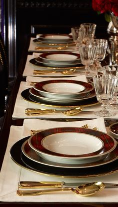Ralph Lauren Home sets a stunning, festive holiday table featuring plaid Duke ta. Ralph Lauren Home sets a stunning, festive holiday table featuring plaid Duke tabletop with gold ac Christmas Tablescapes, Holiday Tables, Beautiful Table Settings, Elegant Dining, Elegant Home Decor, Dinner Sets, Deco Table, Decoration Table, Holiday Festival