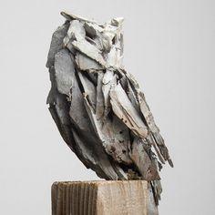 Pottery Sculpture, Bronze Sculpture, Sculpture Art, Sculptures, Bannister, Ceramic Owl, Contemporary Ceramics, Owls, Clay